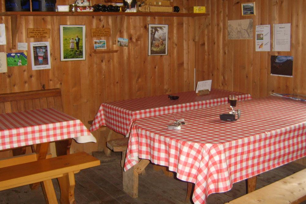 Salle à manger des Mongerons