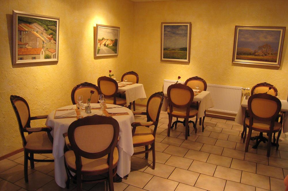 Salle à manger de l'hôtel restaurant Le Nord