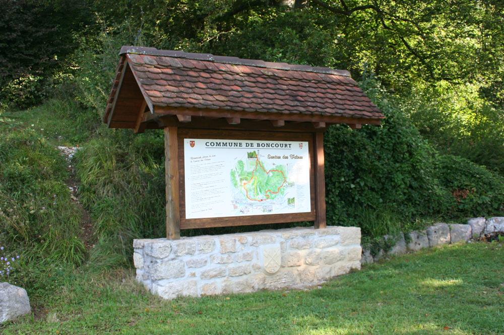 Panneau d'accueil du sentier des faines - la forêt enchantée