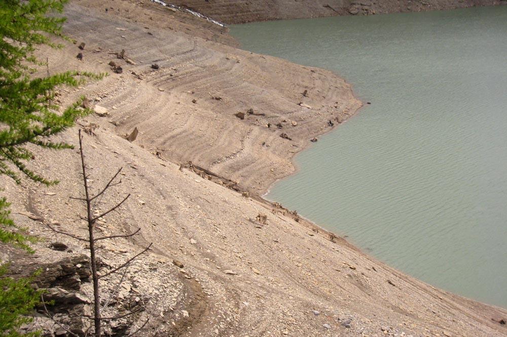 Bords du barrage du Rawil