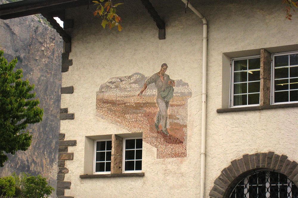 Fresque sur une façade de Chamoson
