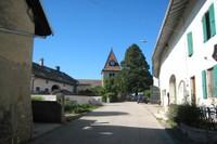 Eglise de Bassins vue depuis le centre du village