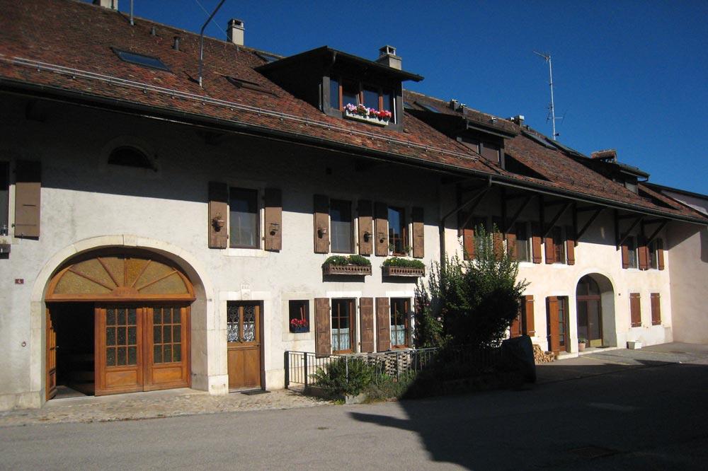 Maion villageoise de Bassins